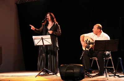 Musique du monde avec Françoise Atlan à la salle El Mouggar