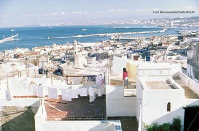 DES KSOURS A LA CASBAH : L'ART D'HABITER L'URBAIN EN ALGERIE