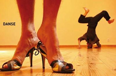 """Danse """"Los Tipos Del Placard"""" par la Cie Rosa Liebe"""