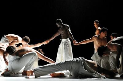 Spectacle de danse : Ce que le jour doit à la nuit